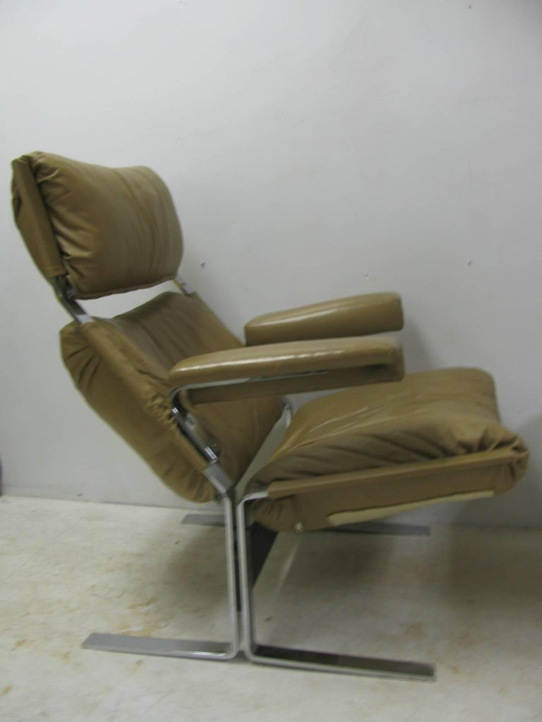 Mid-Century Modern Leather Lounge Chair with Ottoman by Richard Hersberger For Sale 5