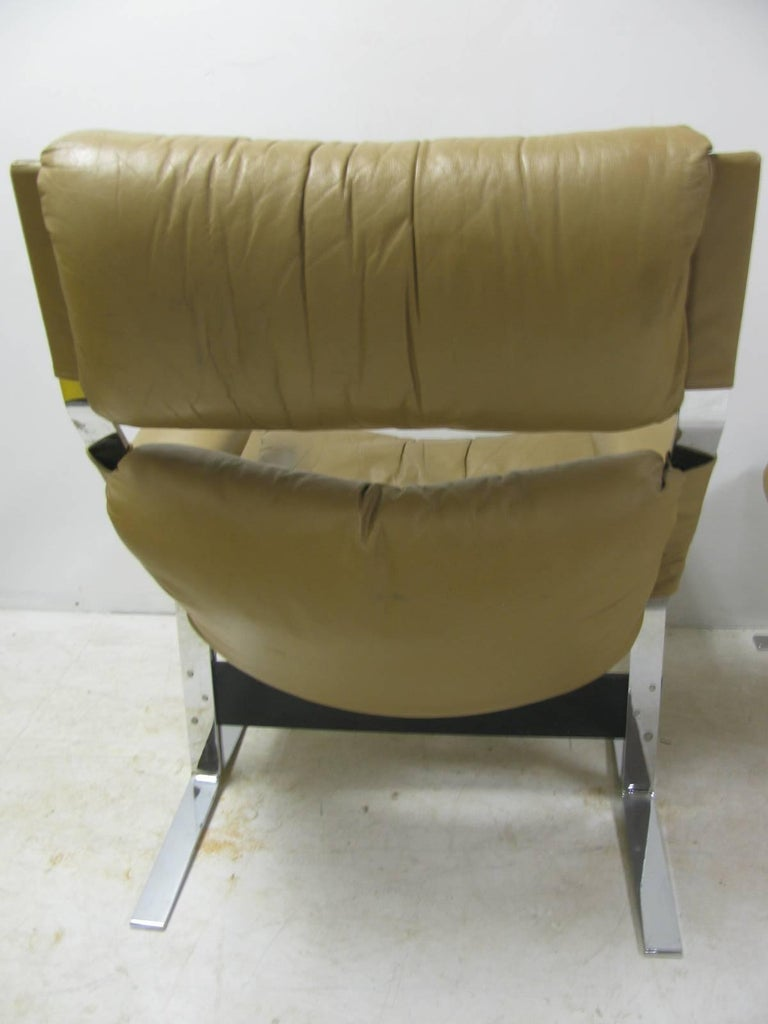 Mid-Century Modern Leather Lounge Chair with Ottoman by Richard Hersberger For Sale 2