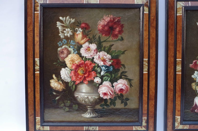 Pair of oils on canvas with their original stretcher representing flowers bouquets composed of peonies, carnation, roses and tulips in 17th century Dutch style.  Frame in wood marquetry.  Work from the late 19th century.  Dimensions without frame