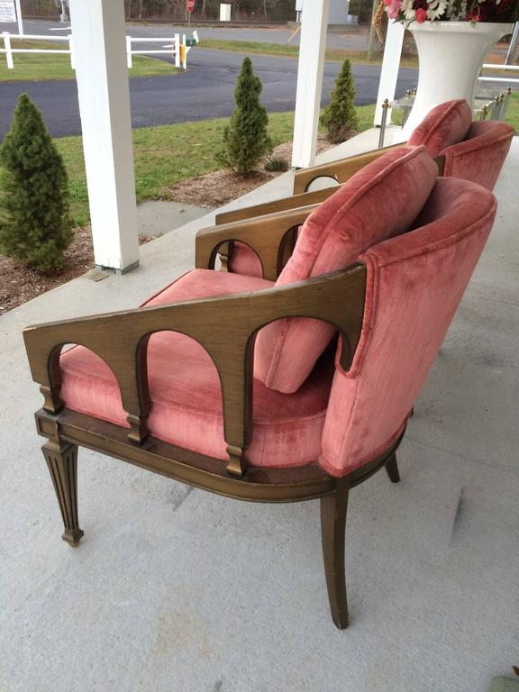 Pair of Hollywood Regency Chairs In Good Condition For Sale In Redding, CT