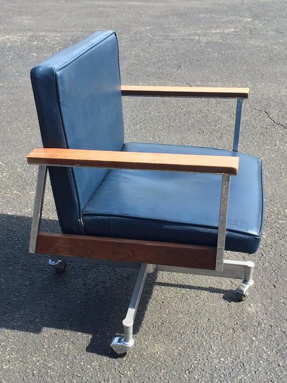 Mid Century Office Swivel Chair On Casters At 1stdibs