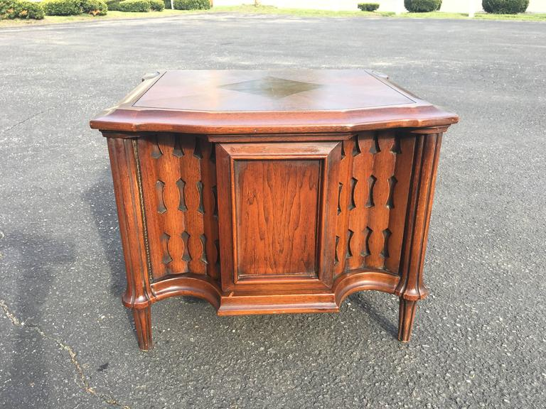 Mid-Century Brutalist Cabinet or End Table In Good Condition For Sale In Redding, CT