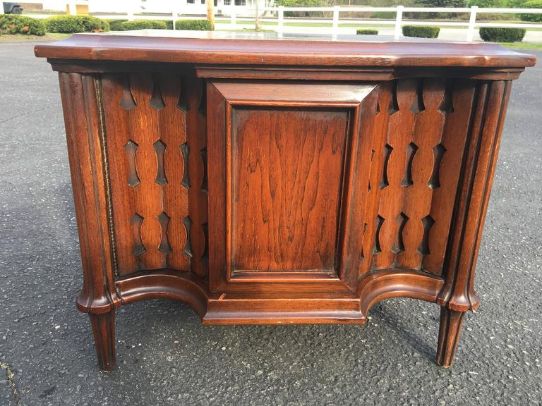 Mid-Century Brutalist Cabinet or End Table For Sale 5