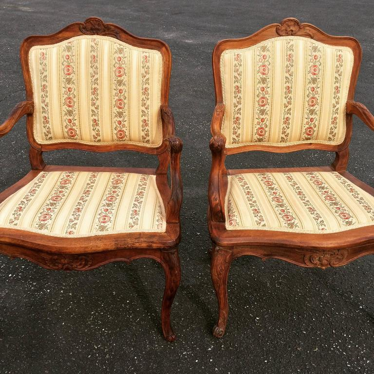 Pair of French Louis XV Style Armchairs In Good Condition For Sale In Redding, CT