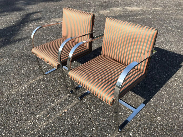 Pair of Flat Bar Brno Chairs attributed to Ludwig Mies van der Rohe for Knoll For Sale 5