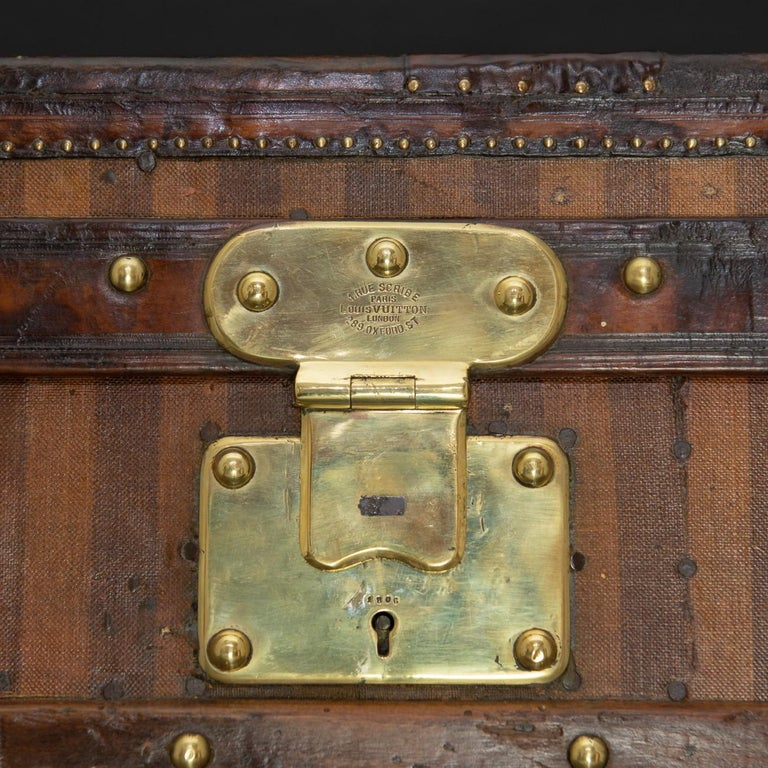 Rare Striped Louis Vuitton Trunk, circa 1885 For Sale 4
