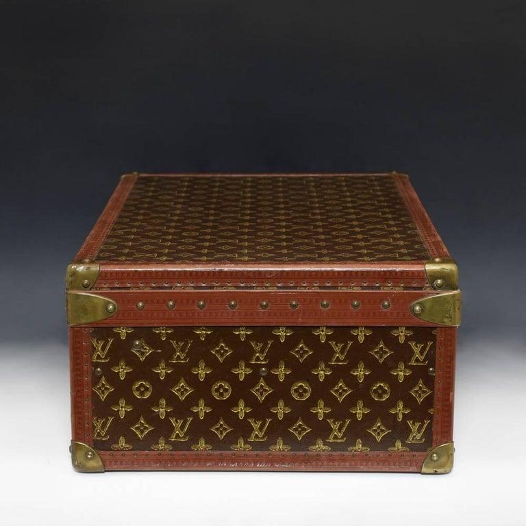 31b9e23ef3da Louis Vuitton LV Monogram Suitcase c1945 For Sale at 1stdibs