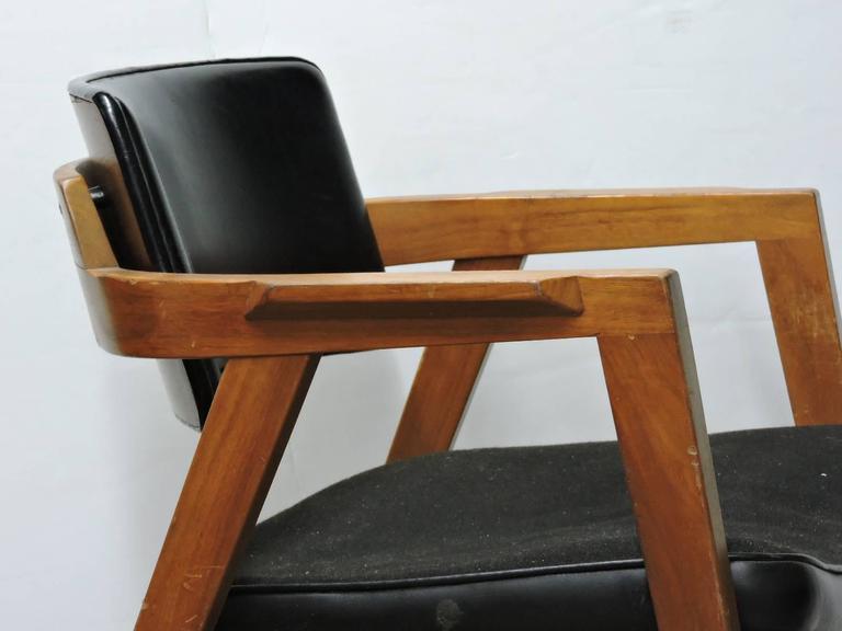 Mid 20th Century American Modern Lounge Chairs by Gunlocke