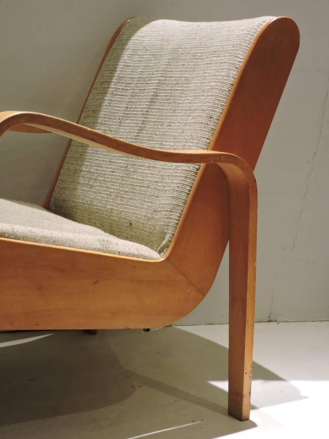 Unusual Thonet Bentwood Lounge Chair At 1stdibs