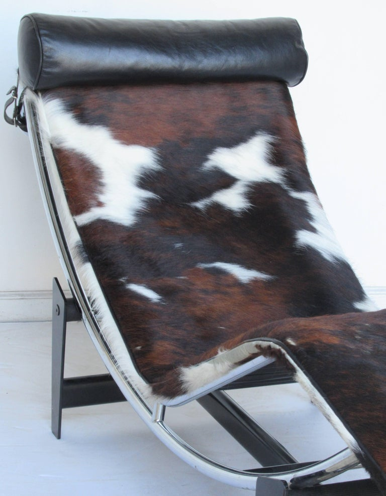 Le corbusier lc4 chaise longue at 1stdibs for Chaise longue pony lc4 le corbusier