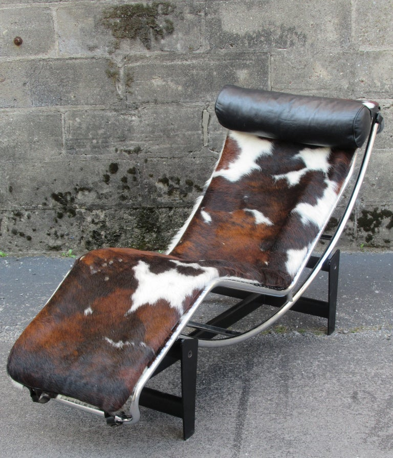 Le corbusier lc4 chaise longue at 1stdibs - Chaise longue le corbusier occasion ...