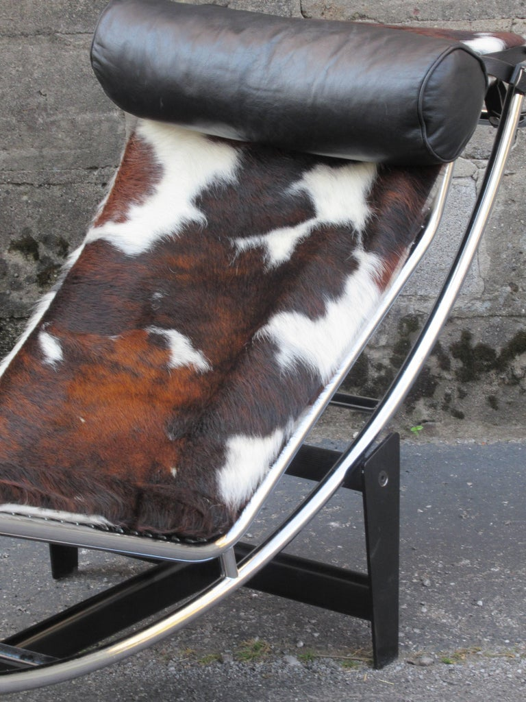 Le corbusier lc4 chaise longue at 1stdibs for Chaise longue lc4 wikipedia