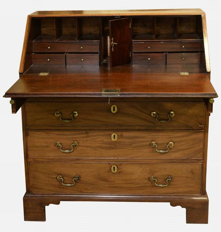 george iii mahogany bureau at 1stdibs. Black Bedroom Furniture Sets. Home Design Ideas
