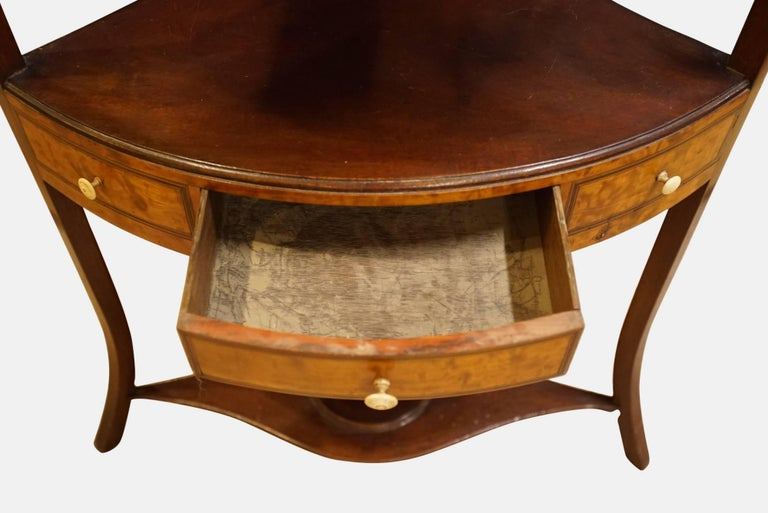 19th Century George III Mahogany and Satinwood Corner Washstand For Sale