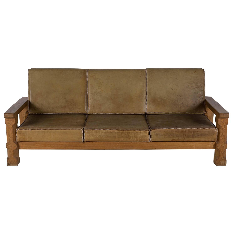oak and leather arts and crafts sofa for sale at 1stdibs. Black Bedroom Furniture Sets. Home Design Ideas