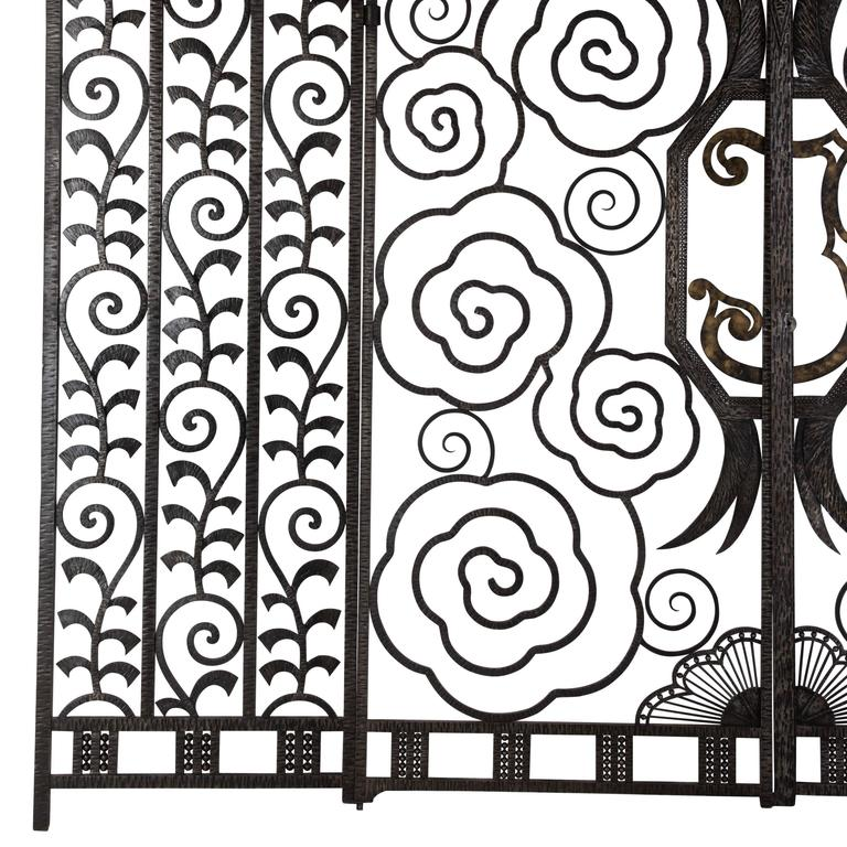 20th Century Superb Pair of French Art Deco Gates For Sale