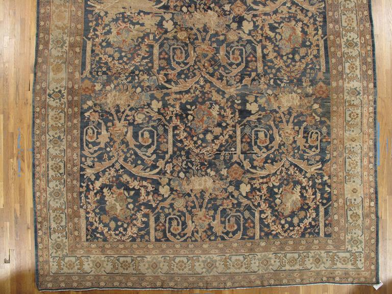 Antique Sultanabad Carpet, Persian Handmade Wool Rug, Soft Navy, Light Blue Ivor In Good Condition For Sale In New York, NY