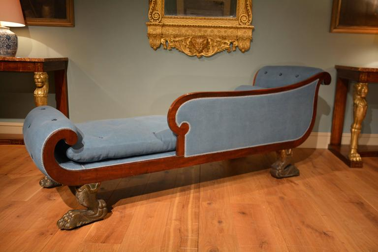 Early 19th century english mahogany daybed or chaise for Chaise longue in english