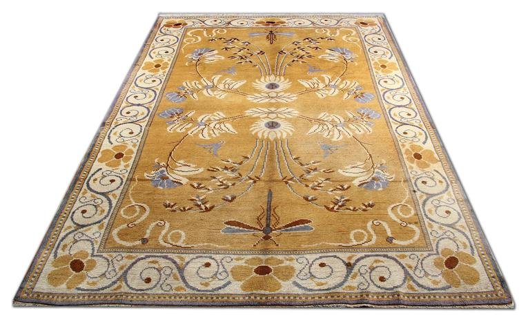 Antique Rugs Carpet From Ireland