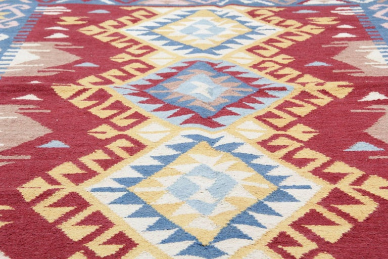 Handmade Rug Oriental Kilim Rugs, Traditional Rugs, Carpet from India In New Condition For Sale In Hampshire, SO51 8BY