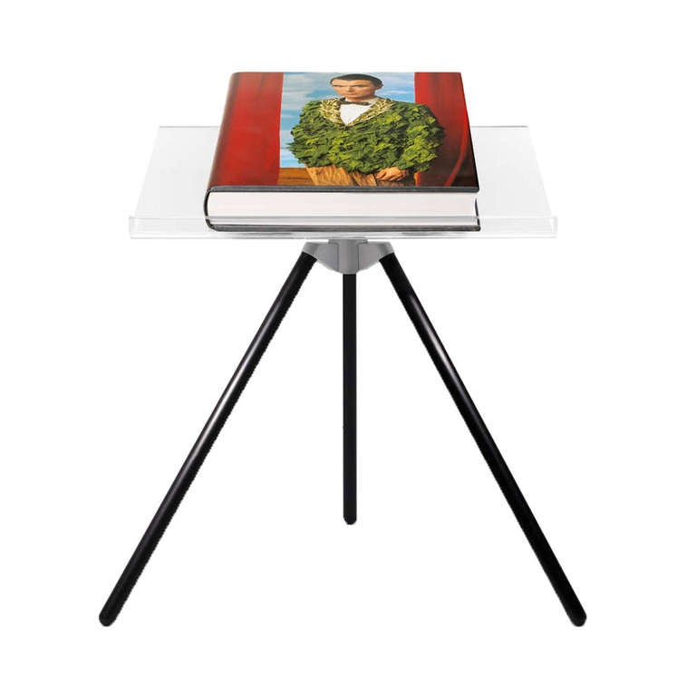 Edition: David Byrne   Sumo-size: 50.0 x 69.0 cm (19.7 x 27.2 in.), 476 pages, Hardcover (incl. 6 fold-outs) with supplement book (INT-Edition) and bookstand designed by Marc Newson  Editor: Annie Leibovitz, Benedikt Taschen, Simone