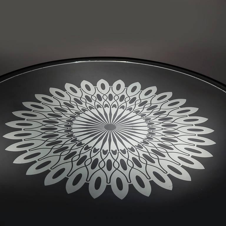 Modern Rare Coffee Table by Pietro Chiesa for Fontana Arte For Sale