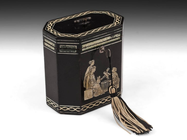 18th Century Papier Mâché Octagonal Tea Caddy by Henry Clay For Sale 2