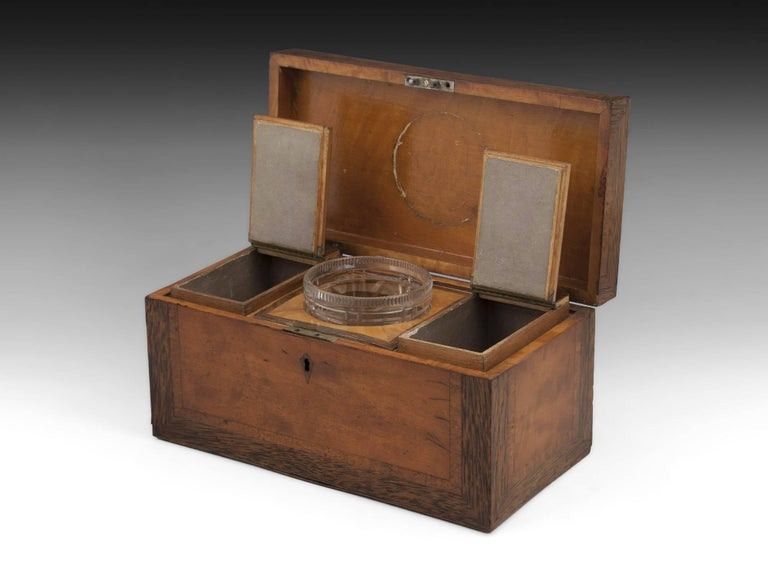 Georgian Satinwood Tea Chest with Glass Tea Caddy Bowl, 19th Century For Sale 1