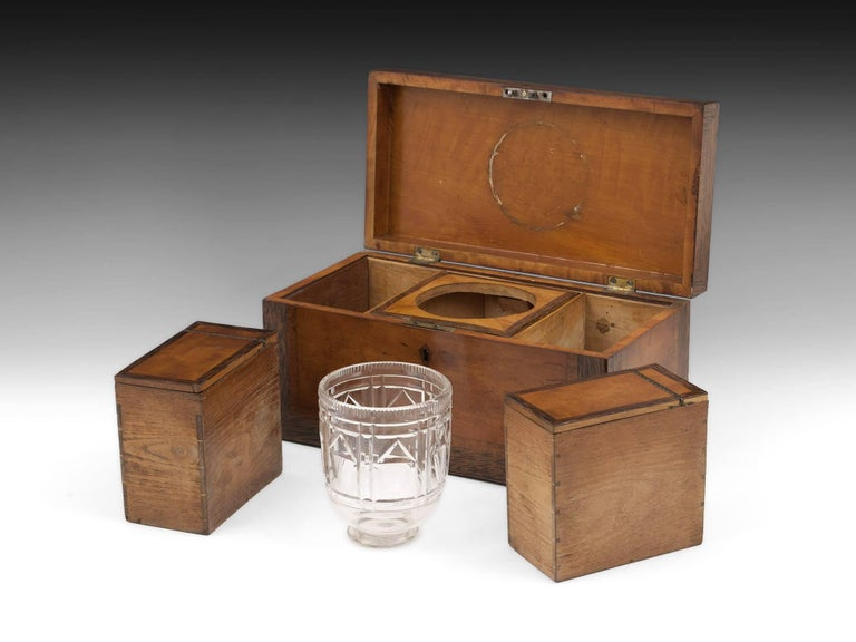 Georgian Satinwood Tea Chest with Glass Tea Caddy Bowl, 19th Century For Sale 3