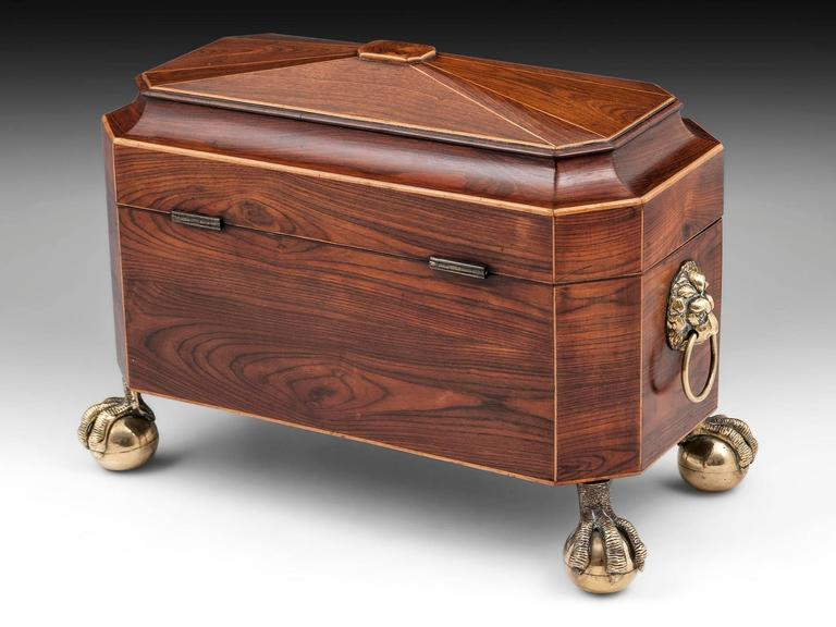 Kingwood and Brass Pagoda Top Regency Tea Chest Tea Caddy In Excellent Condition For Sale In Northampton, United Kingdom