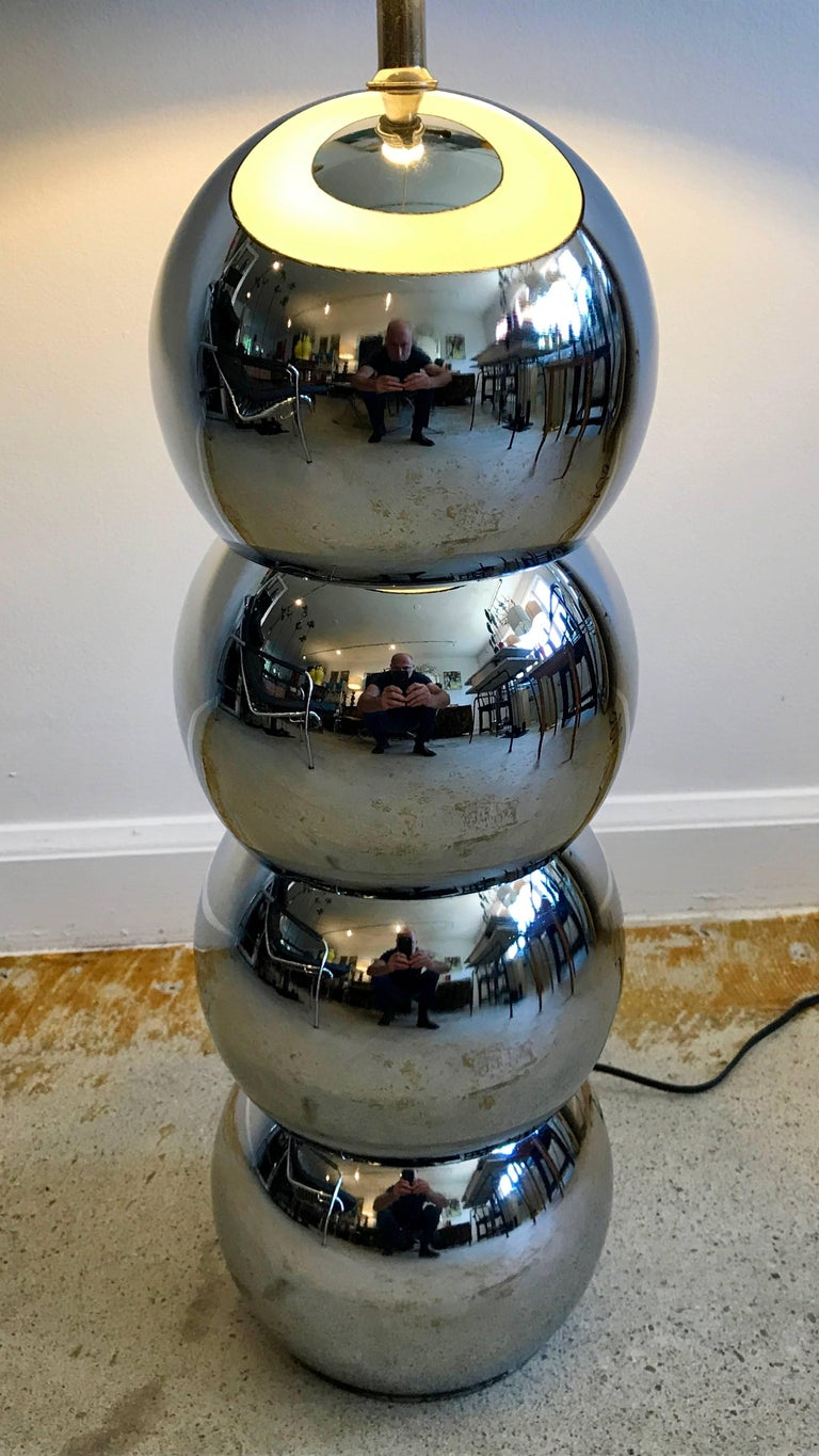Iconic pair of chrome stacked ball table lamps by George Kovacs, 1970s. Minor pitting but hardly noticeable, tiny crease on one ball, see photos. Re-wiring recommended, shades not included.