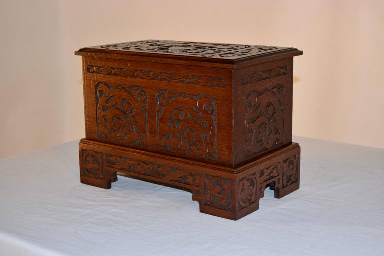 English Late 19th Century Miniature Blanket Chest For Sale