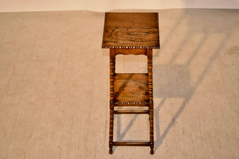 19th Century English Oak Plant Stand In Excellent Condition For Sale In High Point, NC