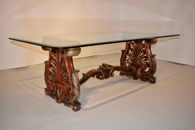 19th Century Italian Painted Coffee Table For Sale 1