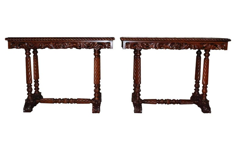 20th Century Neo Renaissance Italian Hand-Carved Table and Matching Sidetables For Sale 3