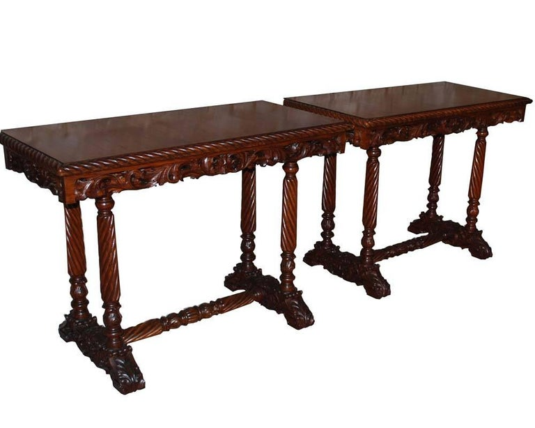 20th Century Neo Renaissance Italian Hand-Carved Table and Matching Sidetables For Sale 4