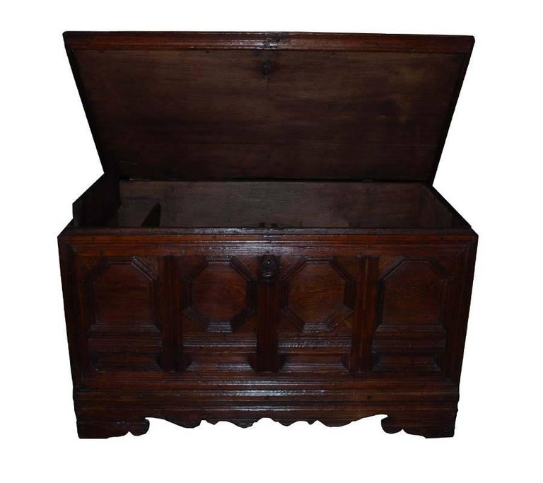 18th Century German Oakwood Chest For Sale 1