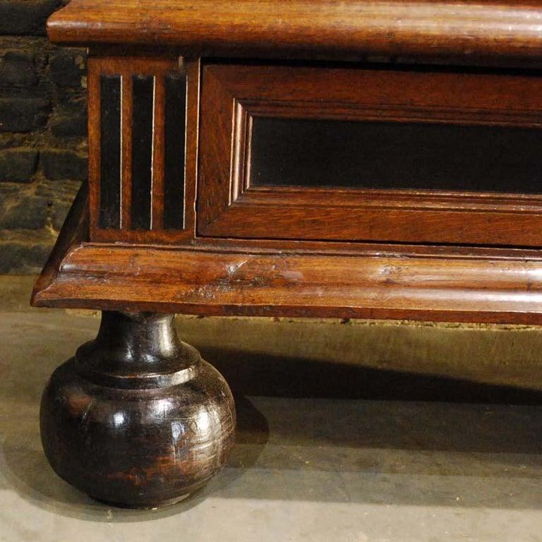 17th Century Dutch Renaissance Oak and Ebony Two-Door Cabinet For Sale 10