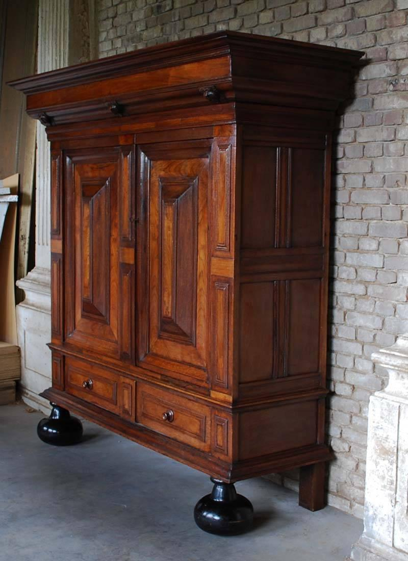 Dutch Renaissance cabinet with two doors and one drawer. Made from solid oakwood with rosewood & 18th Century Dutch Renaissance Cabinet For Sale at 1stdibs