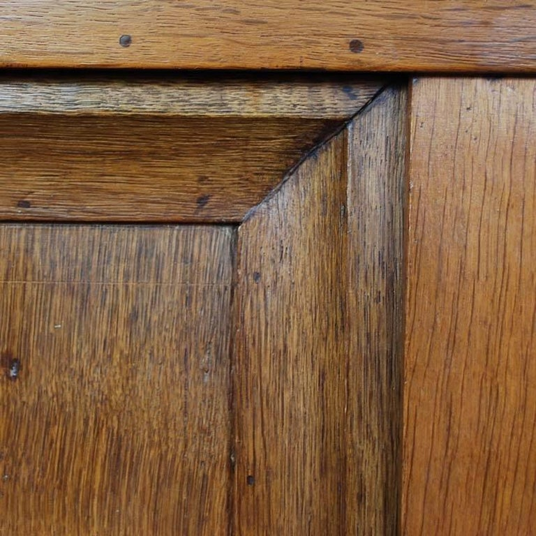 19th Century Oakwood Cabinet In Good Condition For Sale In Casteren, NL