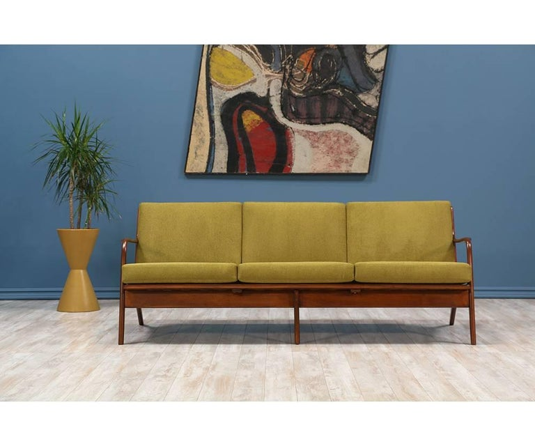 Adrian Pearsall Walnut Sofa for Craft Associates 3