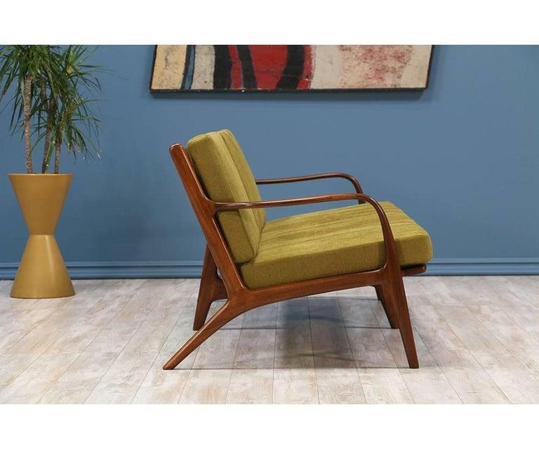 Adrian Pearsall Walnut Sofa for Craft Associates 4