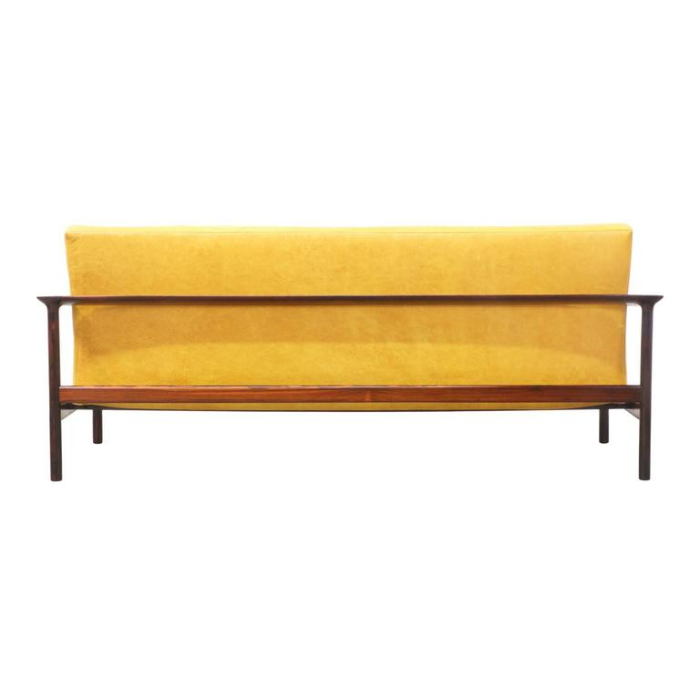 Sven Ivar Dysthe Rosewood and Leather Sofa for Dokka Mobler In Excellent Condition For Sale In Los Angeles, CA
