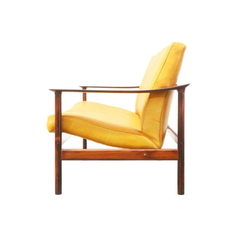 Sven Ivar Dysthe Rosewood and Leather Sofa for Dokka Mobler 6