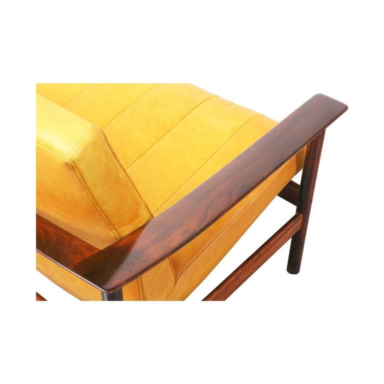 Sven Ivar Dysthe Rosewood and Leather Sofa for Dokka Mobler 8