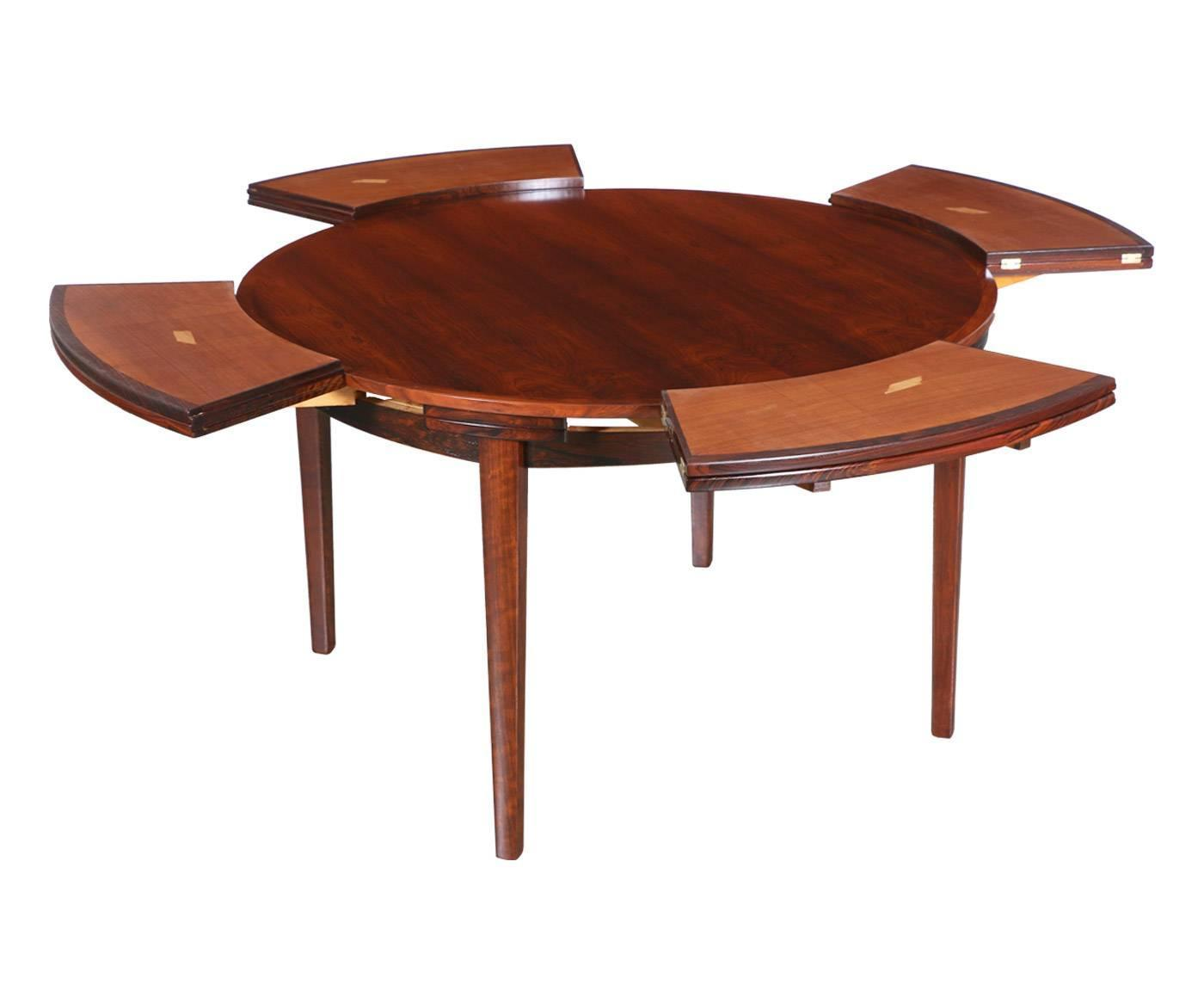 Danish modern flip flap rosewood dining table by dyrlund for Table exit fly