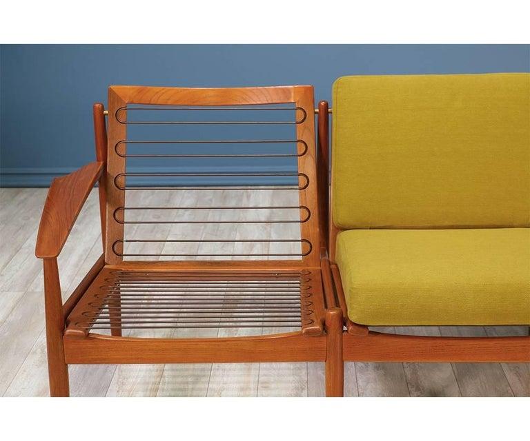 Svend Åge Eriksen Three-Seat Teak Sofa for Glostrup Møbelfabrik For Sale 3