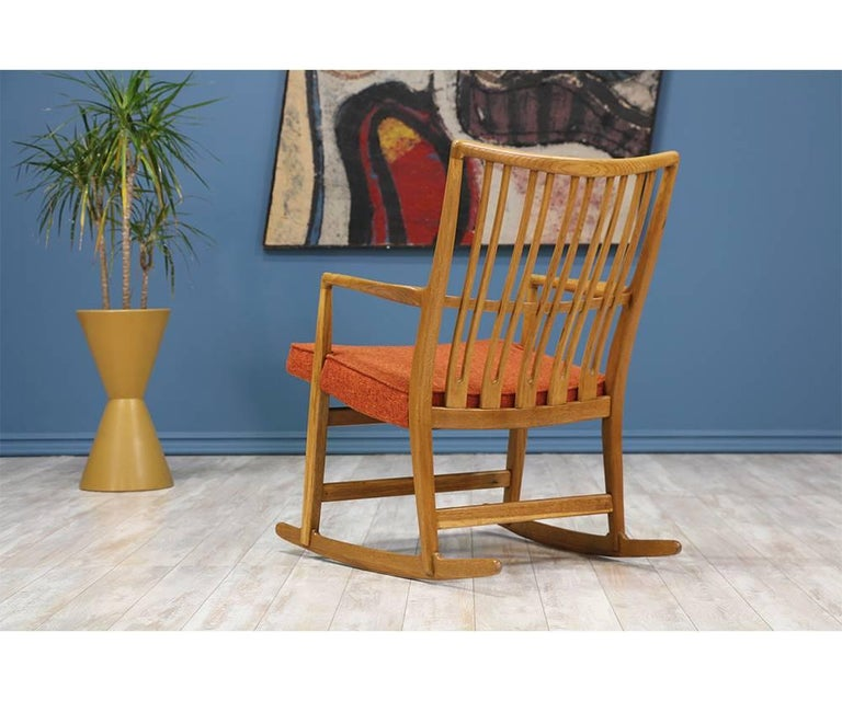 Hans J. Wegner ML-33 Rocking Chair for Mikael Laursen In Excellent Condition For Sale In Los Angeles, CA