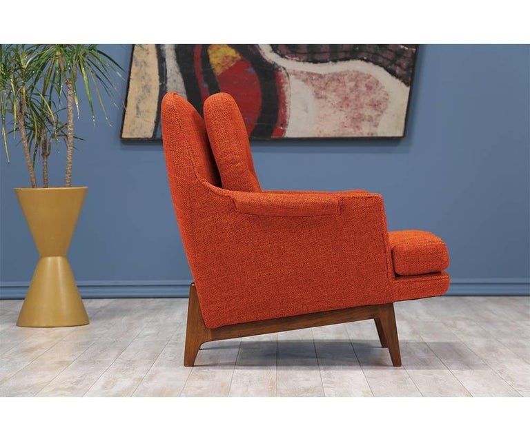 American Roger Sprunger Model #484 Easy Lounge Chairs for Dunbar For Sale