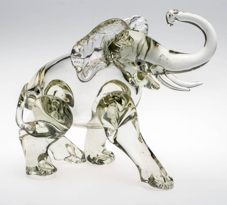 Murano Glass Elephant Figurine In Excellent Condition For Sale In Summerland, CA